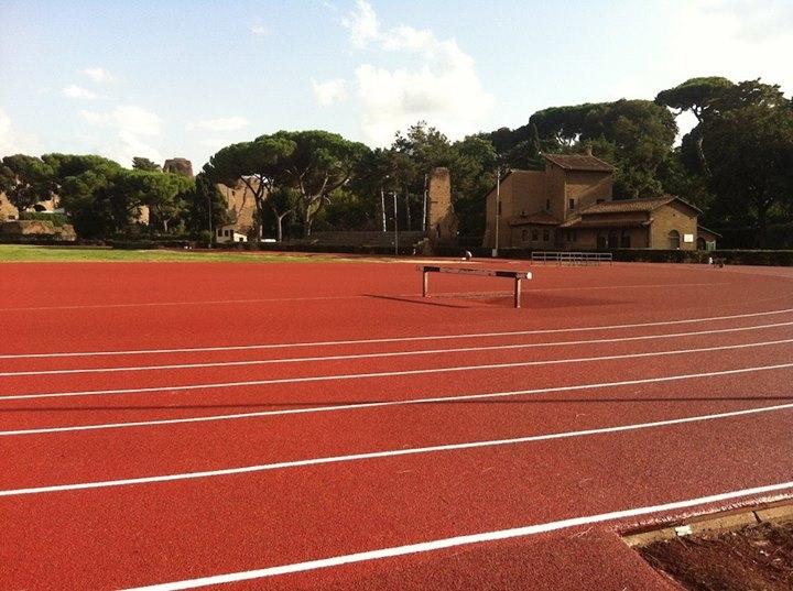 Piste di atletica leggera : lo Stadio Nando Martellini (Terme di Caracalla) (2/5)